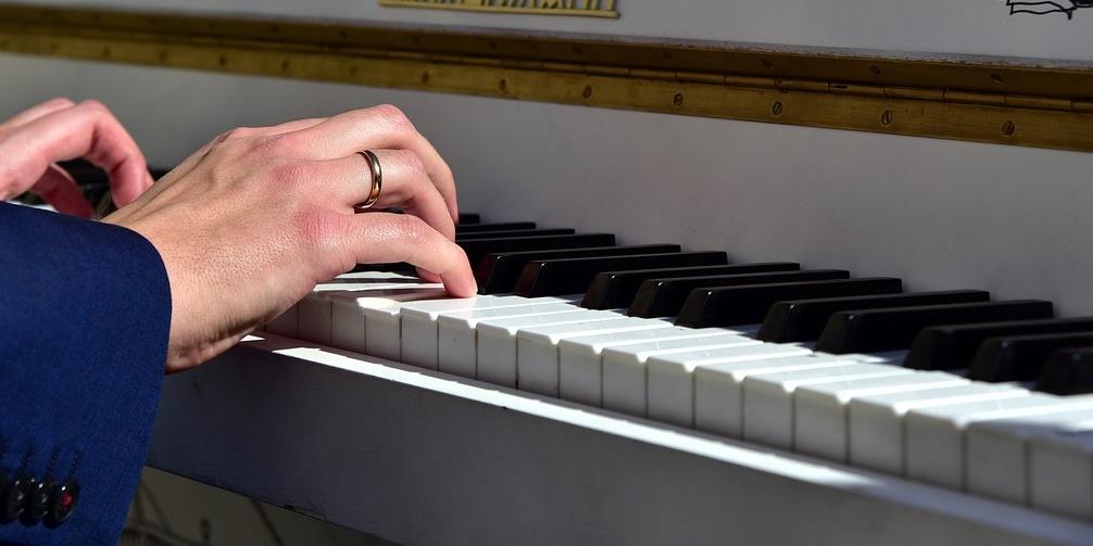 piano-3698760_1280.jpg